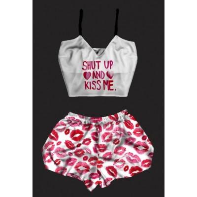 Шелковая женская пижама с принтом Kiss Me оптом