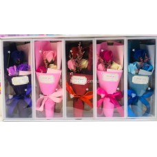 Букет Розы из мыла в прозрачной коробке (3 розы) оптом
